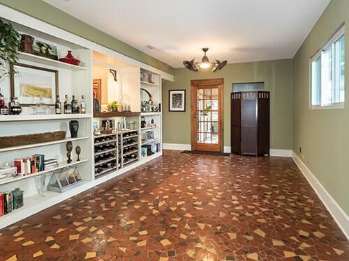10-Tile-room