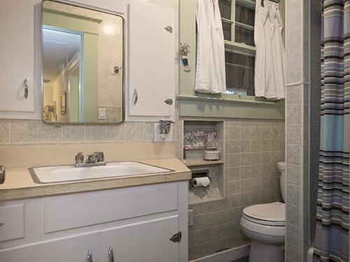13-Bathroom-II