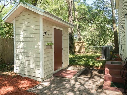13-Storage-Shed-in-Back