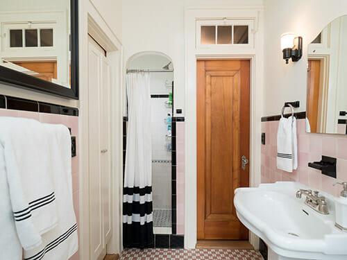 16-Bathroom-II