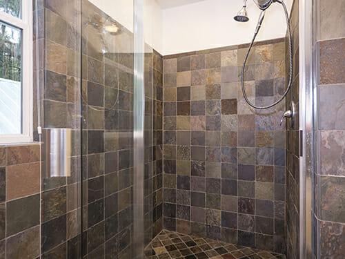 16-Master-shower