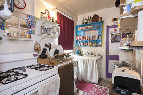18-Apt-C-Kitchen