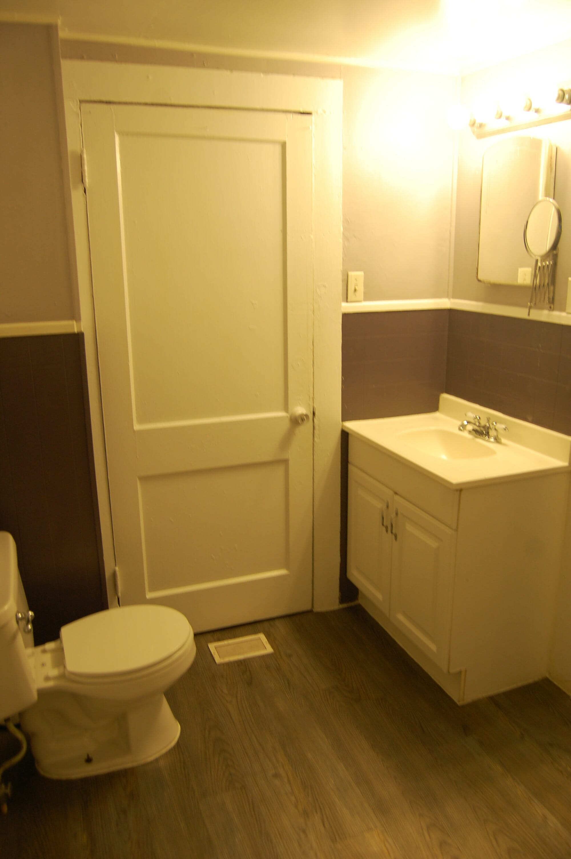 7-Bathroom